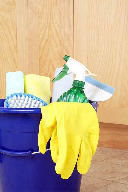 Conseils pour gagner du temps lors du nettoyage des salles de bains